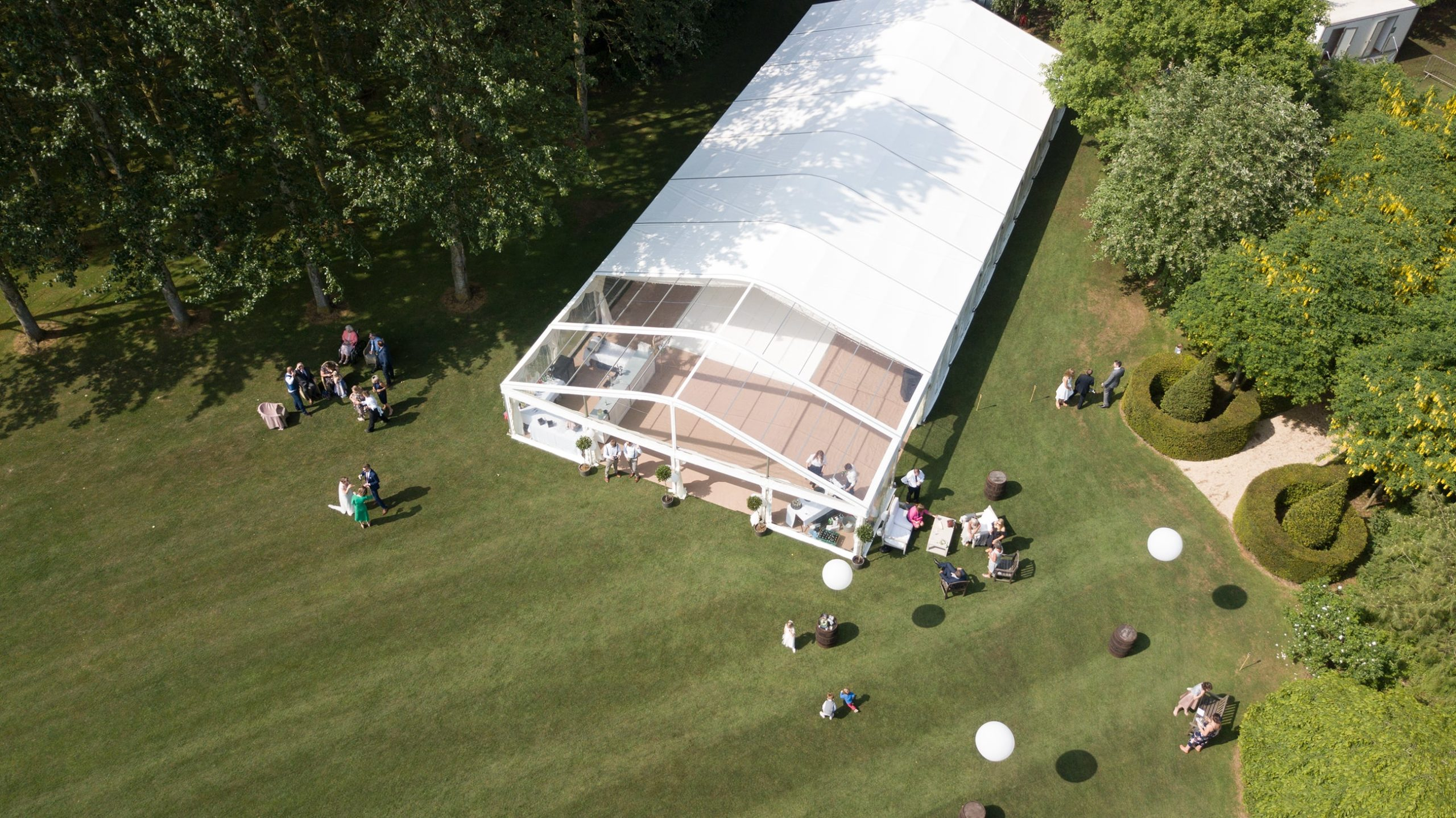 How much does it cost to hire a marquee?